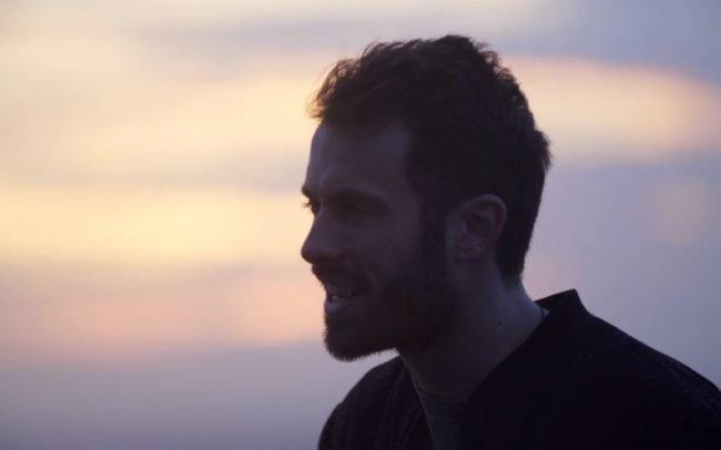 Videoclip 'Para que el mundo lo vea' de Arnau Griso - Stupendastic